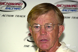Joe Gibbs on Tony Stewartís alleged incident in Tennessee