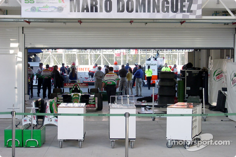 Herdez Competition pit area