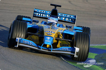 Jarno Trulli tests the hybrid Renault R202