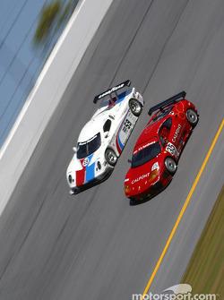 #59 Brumos Racing Porsche Fabcar: Hurley Haywood, J.C. France, Scott Goodyear, Scott Sharp, and #35 Risi Competizione Ferrari 360GT: Ralf Kelleners, Anthony Lazzaro, Johnny Mowlem