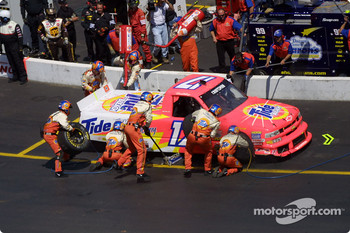 Pitstop for Darrell Waltrip