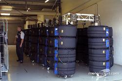 Tire heater