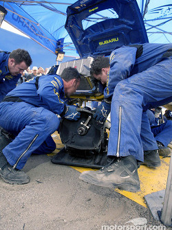 Subaru World Rally Team crew change a gearbox during service