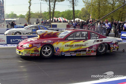 Pro Stock final, Greg Anderson takes out Darrell Alderman