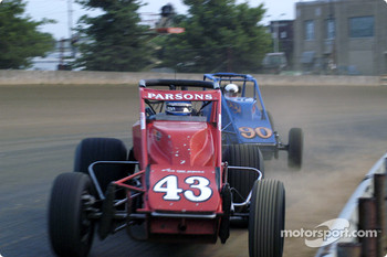 Johnny Parsons leads John Heydenreich