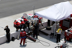 #83 Rennwerks Porsche GT3 RS comes in for a pitstop.