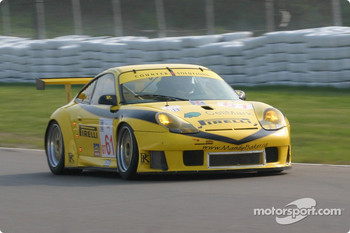 #61 P.K. Sport Porsche 911 GT3 RS: John Graham, Piers Masarati
