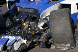 Wrecked #20 Dyson Racing Team Lola EX257/AER MG
