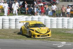 #61 P.K. Sport Porsche 911 GT3 RS: John Graham, Piers Masarati in trouble