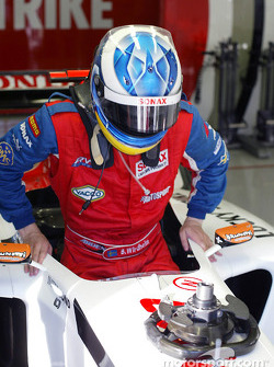 Bjorn Wirdheim has a seat fitting at BAR ready for testing at Monza