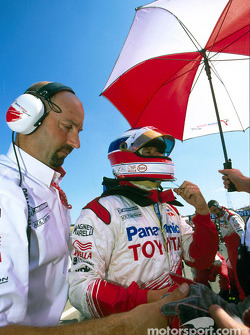 Olivier Panis on starting grid
