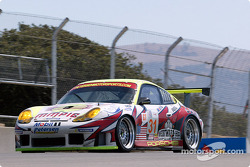 #31 White Lightning/Petersen Motorsports Porsche 911 GT3RS: Nic Jonsson, Johnny Mowlem, Craig Stanton