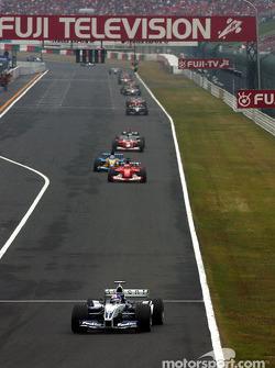 Juan Pablo Montoya in the lead