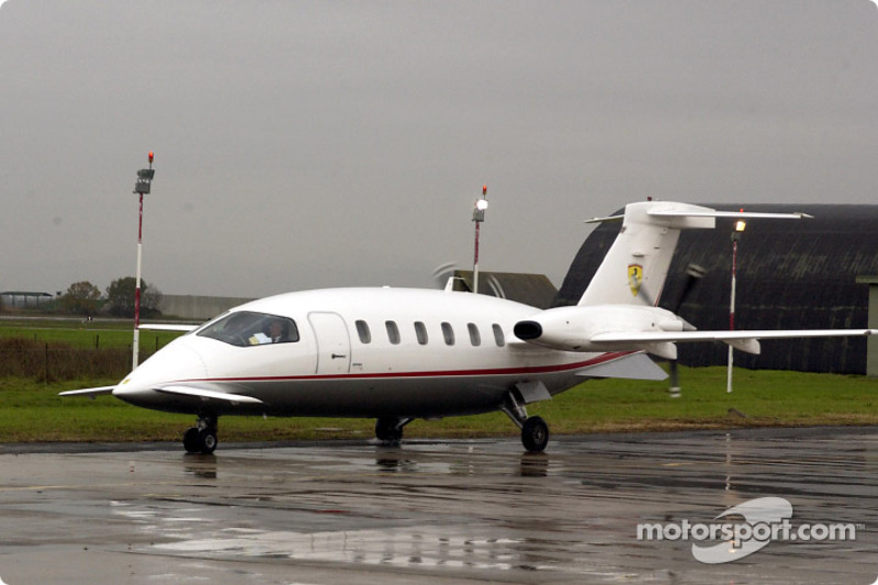 Michael Schumacher arrives at Baccarini airport in a Piaggio P180