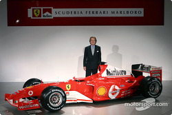 Luca di Montezemelo with the new Ferrari F2004