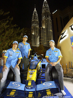 Mild Seven pit party at the Zouk Nightclub in Kuala Lumpur: Fernando Alonso, Franck Montagny and Jarno Trulli