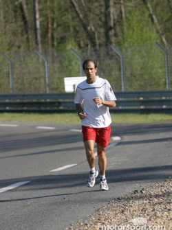 Jogging session for Emanuele Pirro