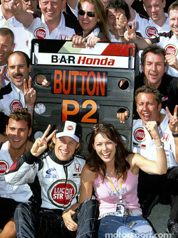 Jenson Button celebrates second place finish with girlfriend Louise and BAR-Honda team members