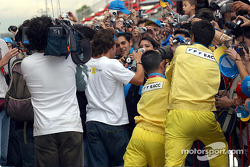 The crowd at Fernando Alonso's autograph session