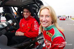 F1: Ricardo Zonta and Isolde Holdereid