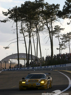 #64 Corvette Racing Corvette C5-R: Olivier Gavin, Oliver Beretta, Jan Magnussen