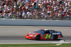 NASCAR-CUP: #24 Jeff Gordon qualifies for the Brickyard 400