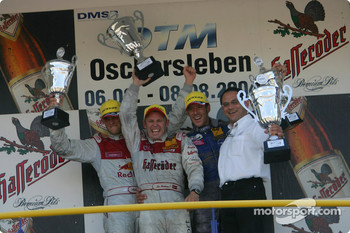 Podium: race winner Tom Kristensen with Martin Tomczyk, Manuel Reuter and Hans-Jürgen Abt