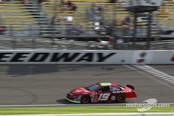 Jeremy Mayfield qualifies second for Sunday's Pop Secret 500
