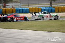 #36 TPC Racing Porsche GT3 Cup: Michael Levitas, Randy Pobst, #2 Howard - Boss Motorsports Pontiac Crawford: Milka Duno, Andy Wallace