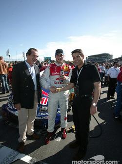 Martin Tomczyk with Audi AG board member Ralph Weyler and Audi head of marketing Stefan Müller
