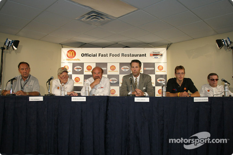 McDonald's press conference: Dick Eidswick, Paul Newman, Kevin Kalkhoven, John Lewicki, Sébastien Bourdais and Carl Haas