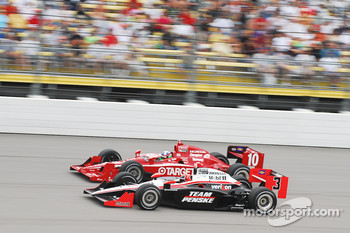Helio Castroneves, Team Penske and Dario Franchitti, Target Chip Ganassi Racing