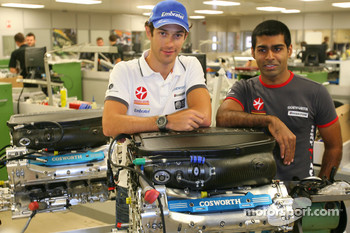 Bruno Senna, Hispania Racing F1 Team and Karun Chandhok, Hispania Racing F1 Team, visit of the Cosworth factory in Northhampton