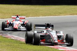 Nicola de Marco leads Jolyon Palmer