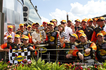 Victory lane: race winner Jamie McMurray, Earnhardt Ganassi Racing Chevrolet celebrates with his team