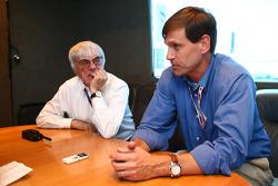 Bernie Ecclestone and Tavo Hellmund, Texas Grand Prix promoter