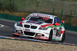 Mehdi Bennani Wiechers-Sport BMW 320si