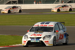Tom Onslow-Cole leads the two Honda Civics