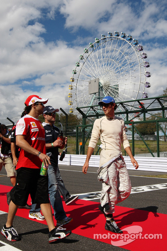 Felipe Massa, Scuderia Ferrari, Rubens Barrichello, Williams F1 Team, Bruno Senna, Hispania Racing F1 Team