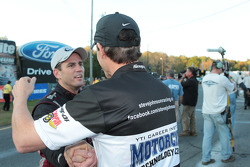 Steve Johnson congratulates Larry Dixon on taking the win