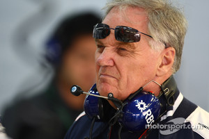Patrick Head retires from Formula One
