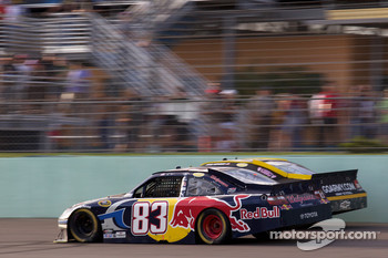 Kasey Kahne, Red Bull Racing Team Toyota and Ryan Newman, Stewart-Haas Racing Chevrolet