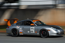 #221 Tech Racing 2002 Porsche 996 Silver: David Pahl, Eric Zimmermann