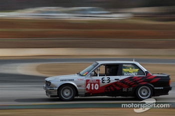 #410 OPM Autosports 1989 BMW 325is sil/blk/: Stephen DeVinney, Ryan Downton, Tom Fowler