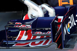 Scuderia Toro Rosso technical detail, front wing