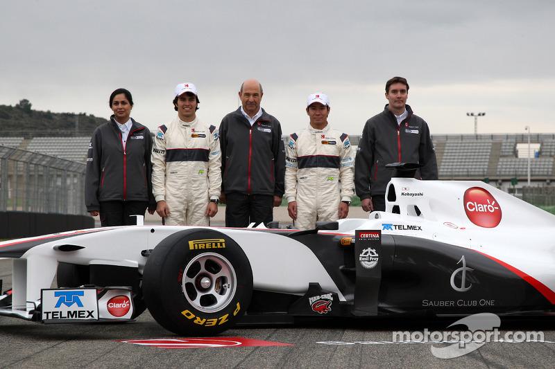 Monisha Kaltenborn, Managing director Sauber F1 Team, Sergio Perez, Sauber F1 Team, Peter Sauber, Sauber F1 Team, Team Principal, Kamui Kobayashi, Sauber F1 Team, James Key, Technical Director, Sauber F1 Team