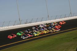 Jamie McMurray, Earnhardt Ganassi Racing Chevrolet leads