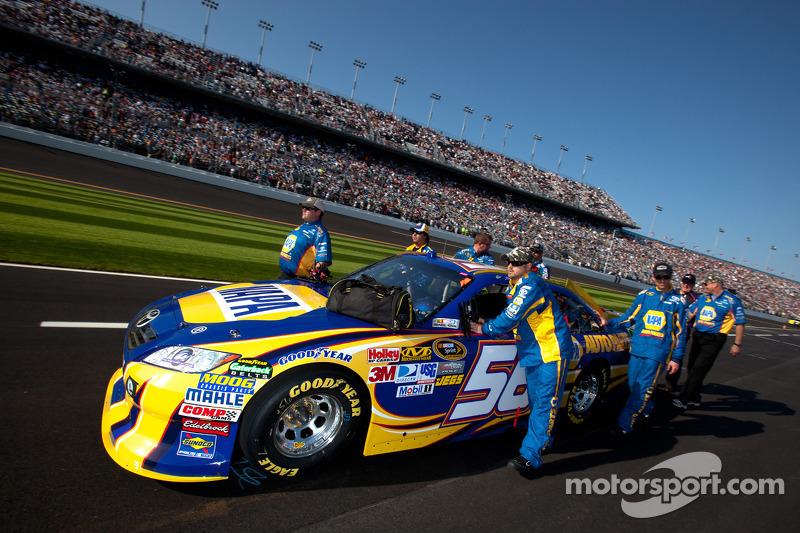 Car of Martin Truex Jr., Michael Waltrip Racing Toyota