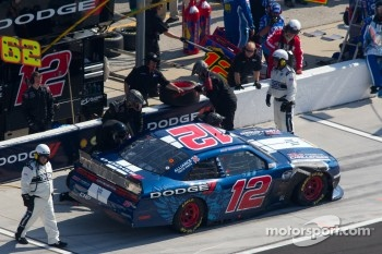Sam Hornish Jr., Penske Racing Dodge in the pit