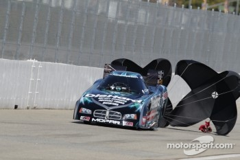 Matt Hagan deploys the parachutes in his Sears DieHard Dodge Charger